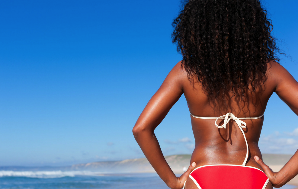 Sunscreen for dark skin tone_hero image